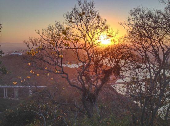 31d848af77c7f Trilha Morro do Moreno - Vila Velha - 2 30 horas - IntegraZ